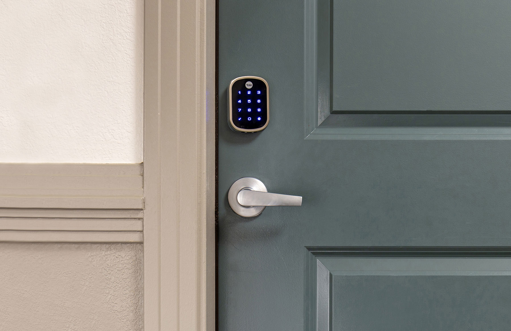 707 Leahy - Redwood City, CA - Smart Locks Feature