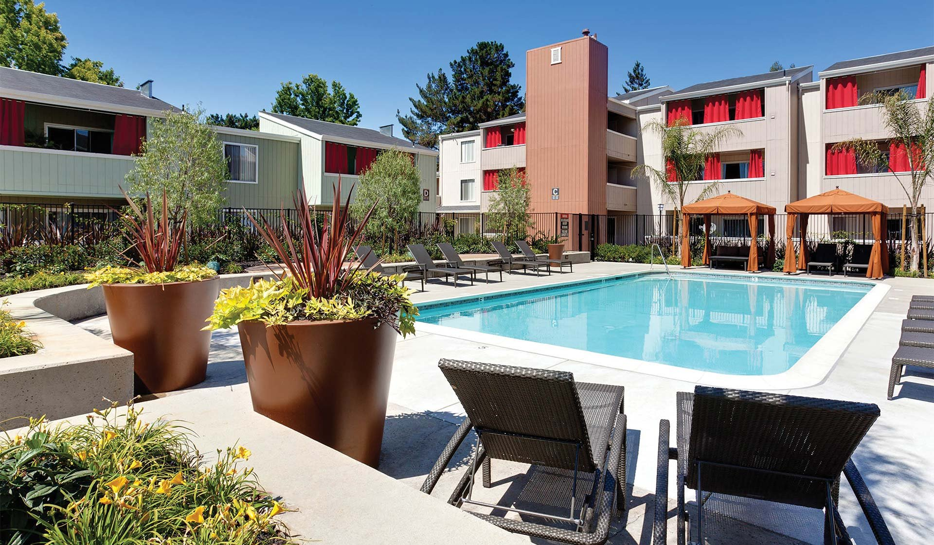 707 Leahy - Pool - Redwood City, CA