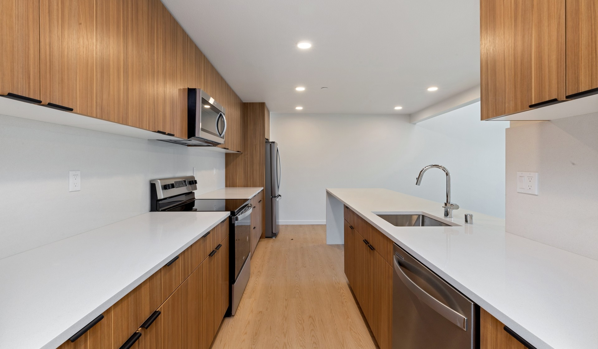 707 Leahy - Redwood City - kitchen