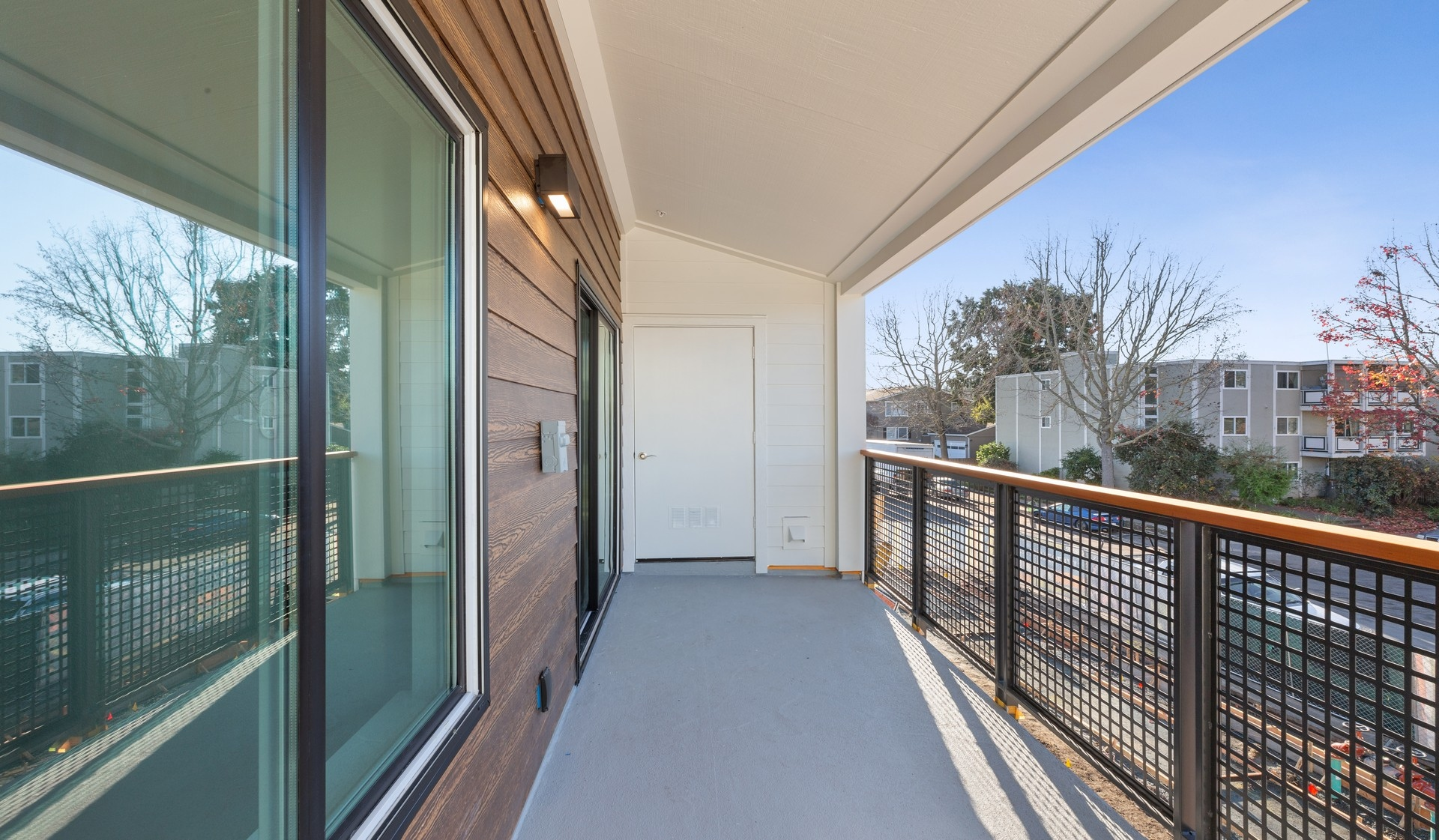 707 Leahy - Redwood City - balcony
