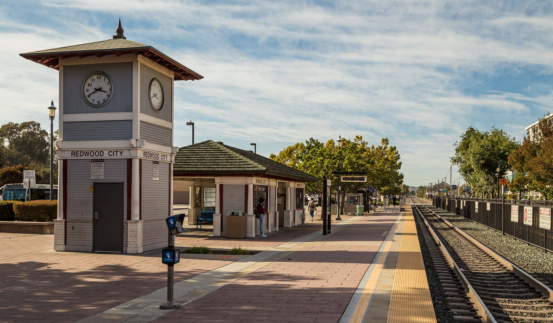 707 Leahy - Redwood City, CA - Train Station